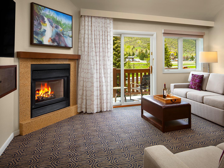 Marriott's StreamSide - Birch 1-Bedroom/2-Bath Villa Living Room, Birch. Marriott's StreamSide - Birch is located in Vail, Colorado United States.