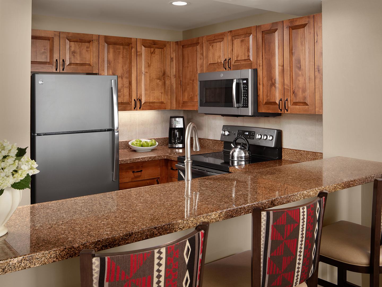 Marriott's StreamSide - Birch 2-Bedroom/Kitchen, Evergreen. Marriott's StreamSide - Birch is located in Vail, Colorado United States.