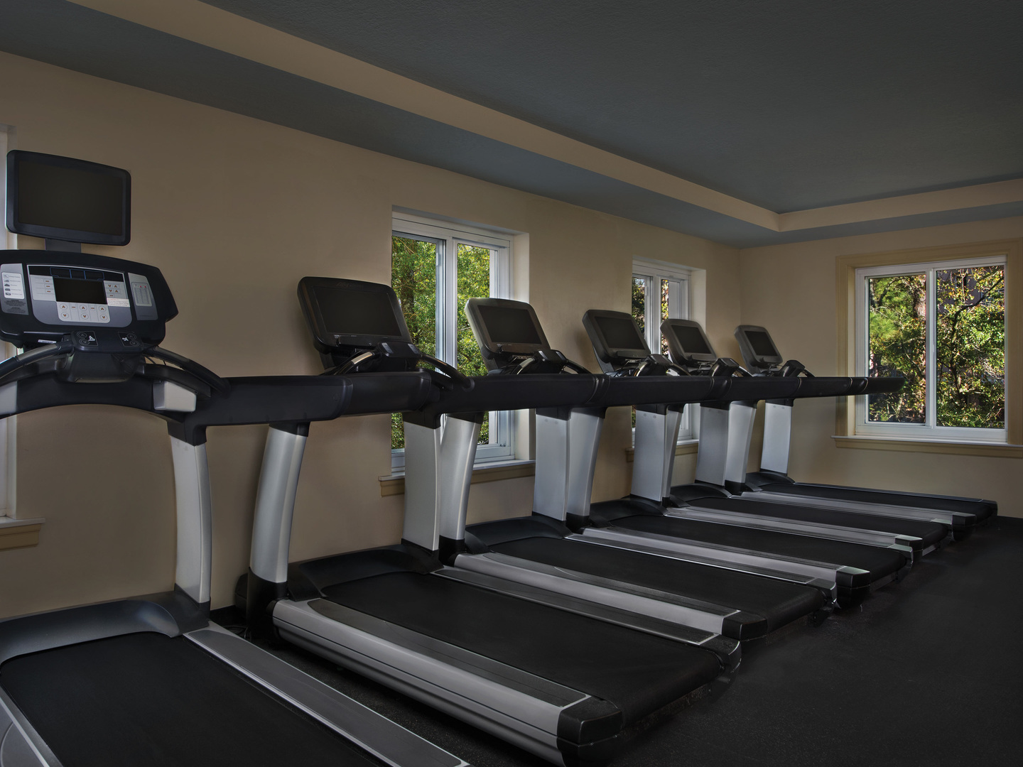 Marriott's SurfWatch<span class='trademark'>®</span> Fitness Center. Marriott's SurfWatch<span class='trademark'>®</span> is located in Hilton Head Island, South Carolina United States.