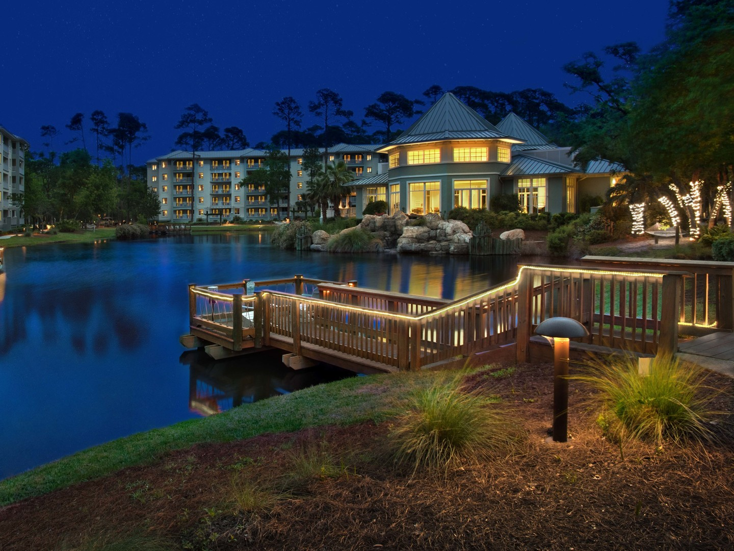 Marriott's SurfWatch<span class='trademark'>®</span> Resort Exterior. Marriott's SurfWatch<span class='trademark'>®</span> is located in Hilton Head Island, South Carolina United States.