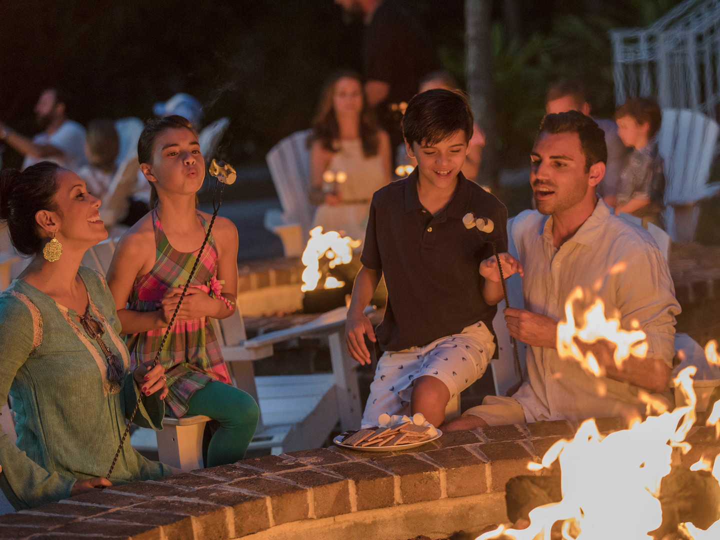 Marriott's SurfWatch<span class='trademark'>®</span> S'mores at Resort Fire Pit. Marriott's SurfWatch<span class='trademark'>®</span> is located in Hilton Head Island, South Carolina United States.