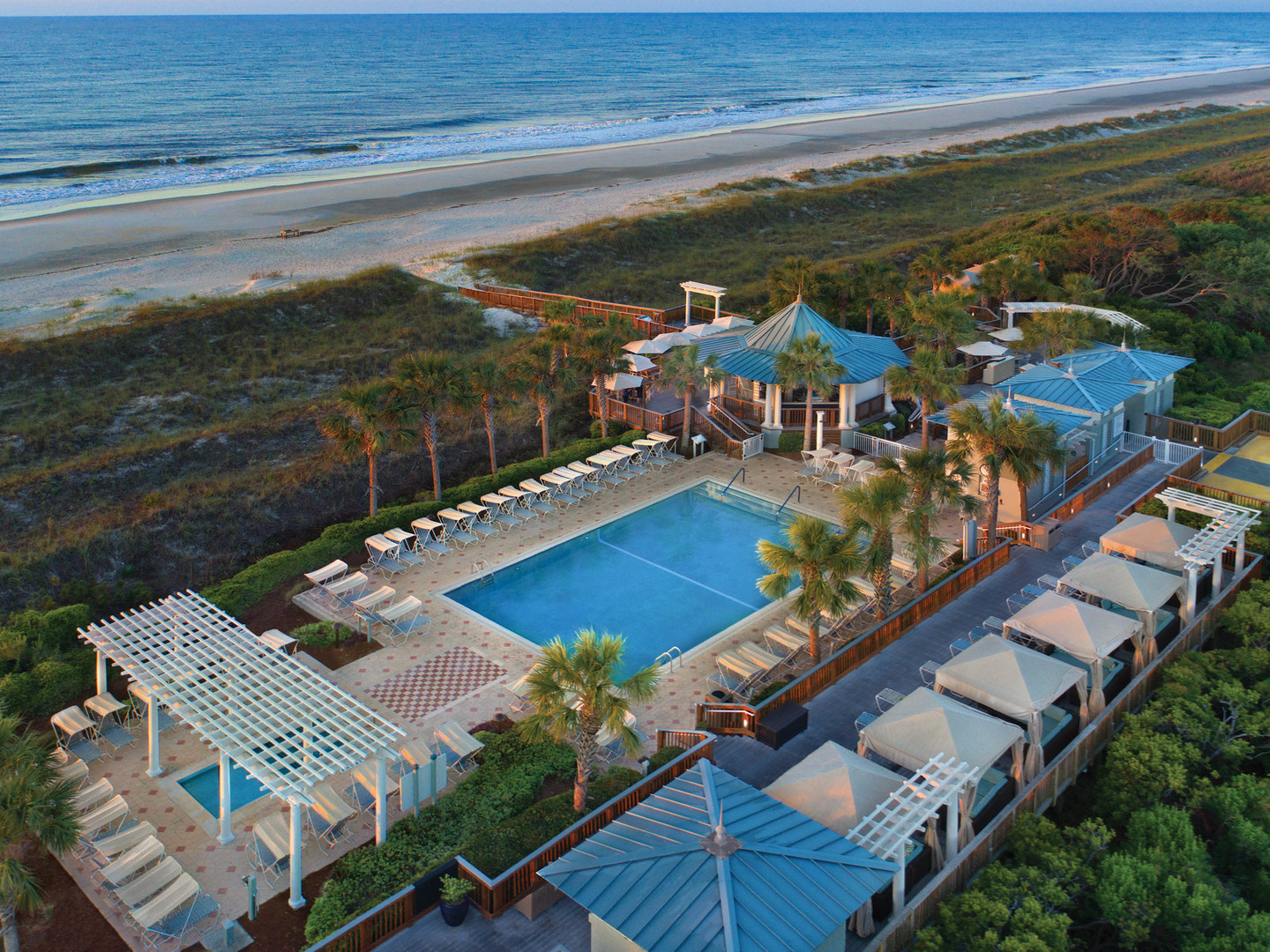 Marriott's SurfWatch<span class='trademark'>®</span> Sea Surf Pool. Marriott's SurfWatch<span class='trademark'>®</span> is located in Hilton Head Island, South Carolina United States.