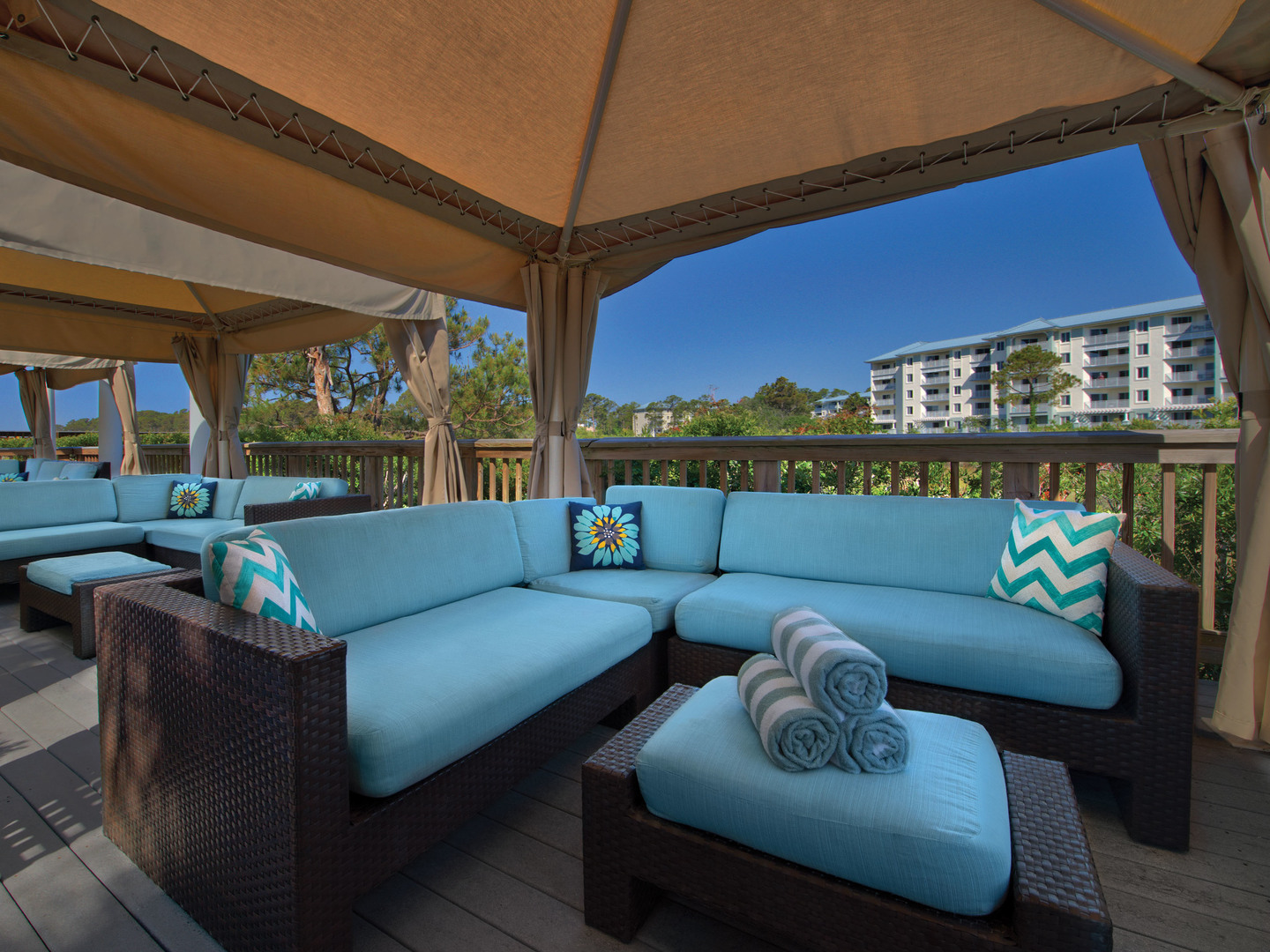 Marriott's SurfWatch<span class='trademark'>®</span> Poolside Cabanas. Marriott's SurfWatch<span class='trademark'>®</span> is located in Hilton Head Island, South Carolina United States.