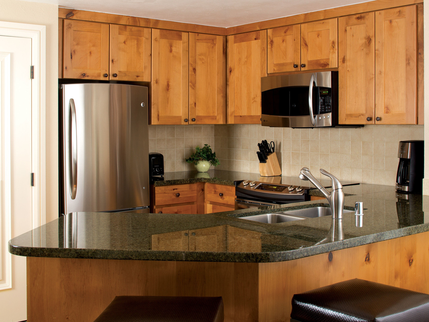 Marriott's Timber Lodge<span class='trademark'>®</span> Villa Kitchen. Marriott's Timber Lodge<span class='trademark'>®</span> is located in South Lake Tahoe, California United States.