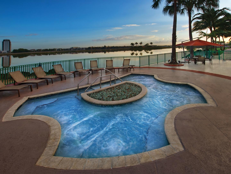Marriott's Villas at Doral Whirlpool Spa. Marriott's Villas at Doral is located in Miami, Florida United States.