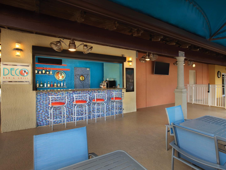 Marriott's Villas at Doral Deco Bar. Marriott's Villas at Doral is located in Miami, Florida United States.