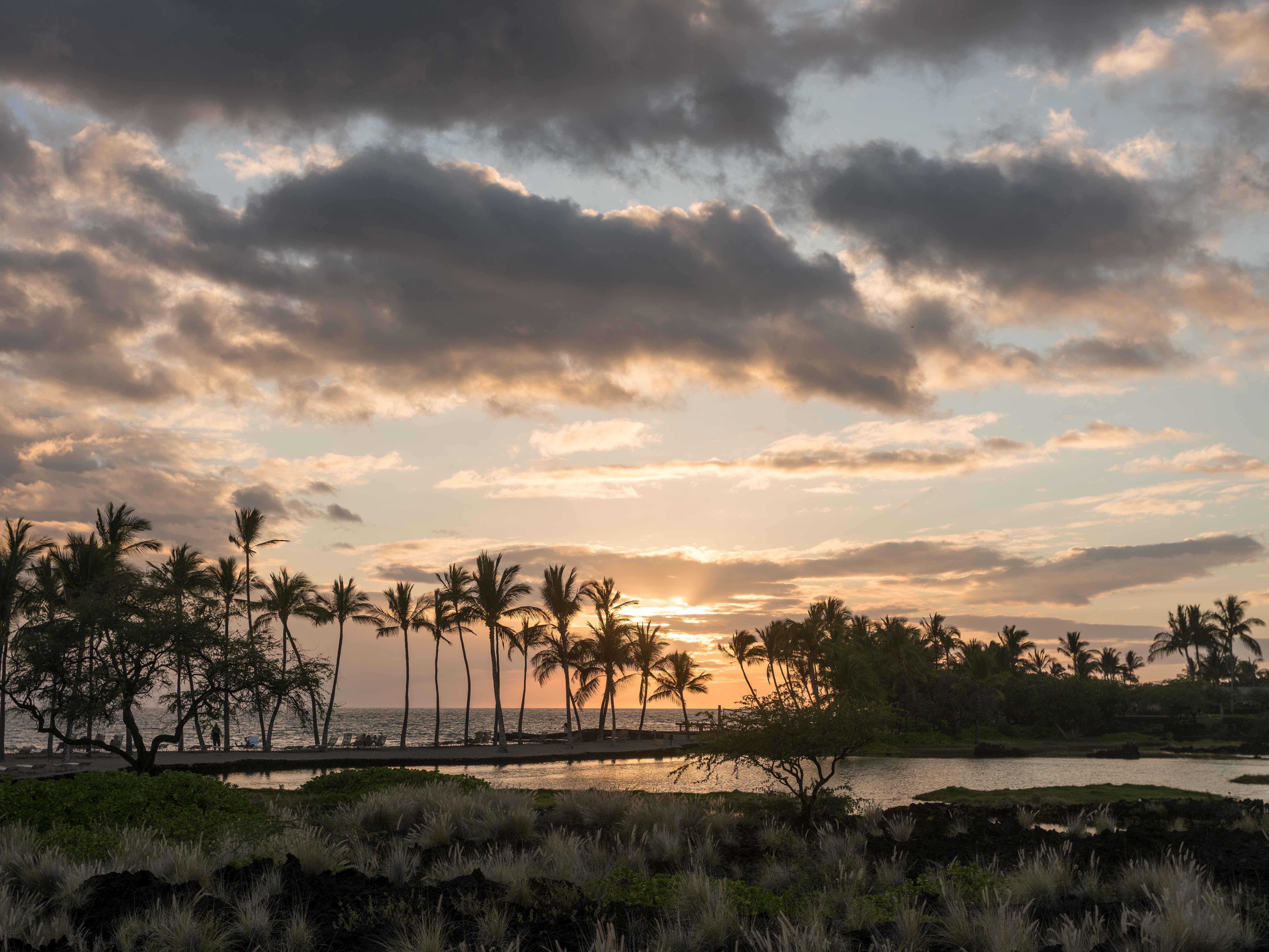 Marriott's Waikoloa Ocean Club Sun Setting. Marriott's Waikoloa Ocean Club is located in Waikoloa Beach, Big Island, Hawai'i United States.