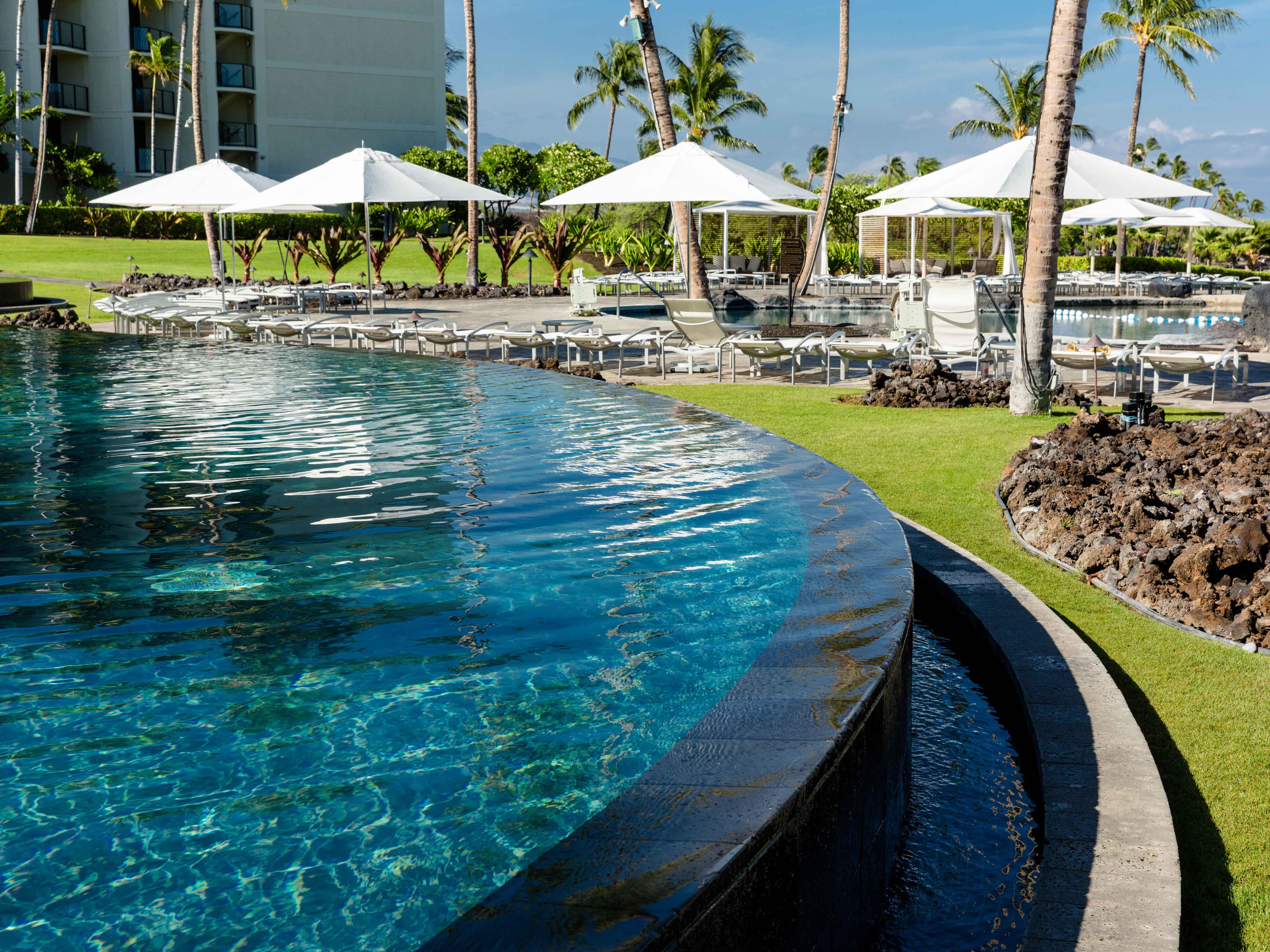 Marriott's Waikoloa Ocean Club Infinity Pool. Marriott's Waikoloa Ocean Club is located in Waikoloa Beach, Big Island, Hawai'i United States.
