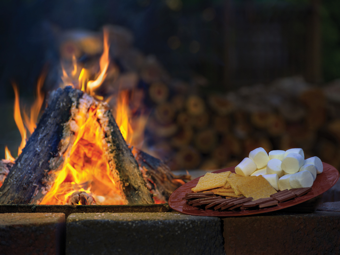 Marriott's Willow Ridge Lodge Fire Pit. Marriott's Willow Ridge Lodge is located in Branson, Missouri United States.