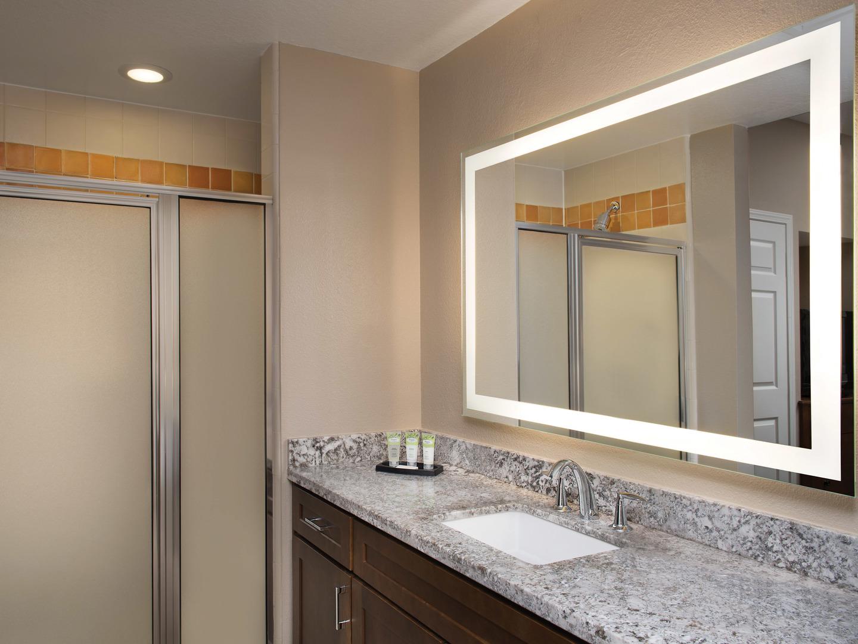 Marriott's Willow Ridge Lodge Villa Guest Bathroom. Marriott's Willow Ridge Lodge is located in Branson, Missouri United States.